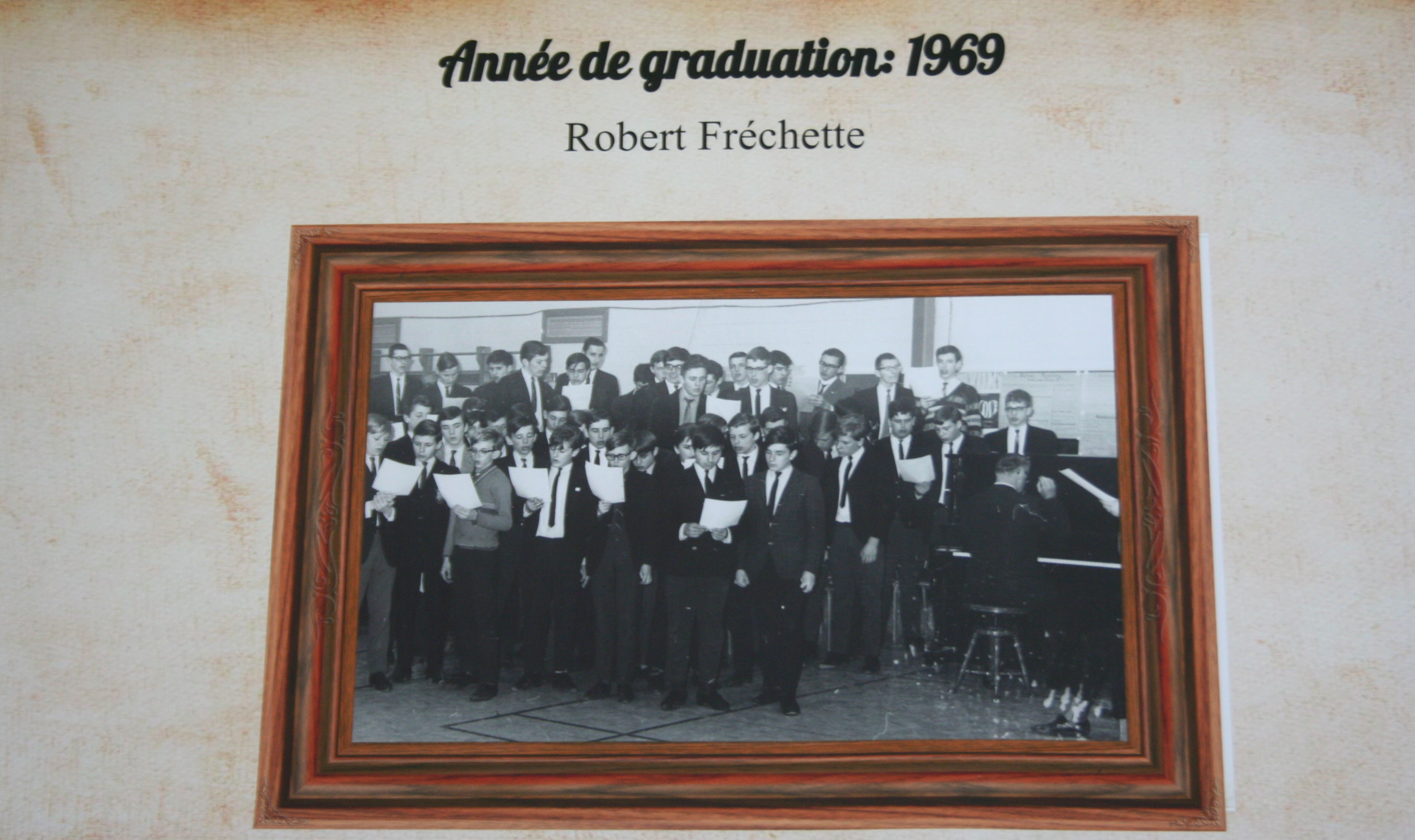 College-Saint-Bernard_Graduations-1968-69